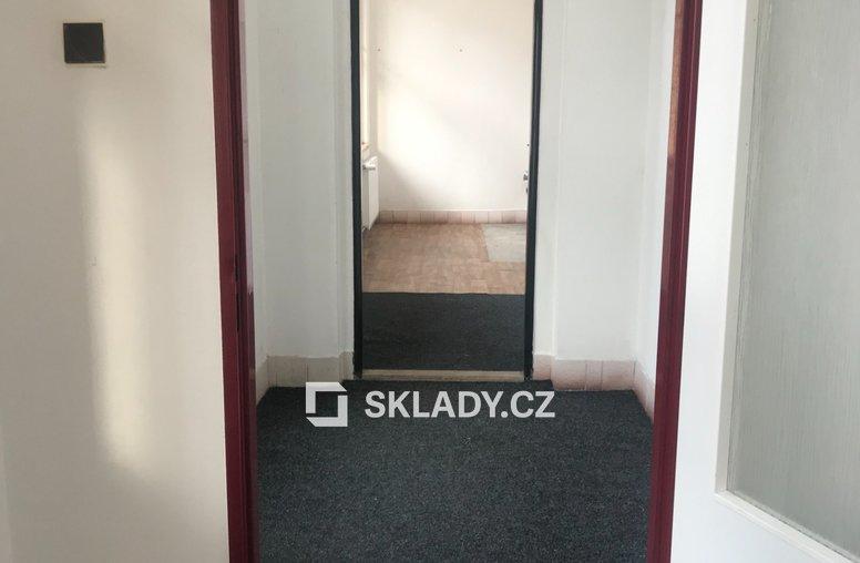 HOŘICE SKLADOVÉ PROSTORY 220 M2 (3)