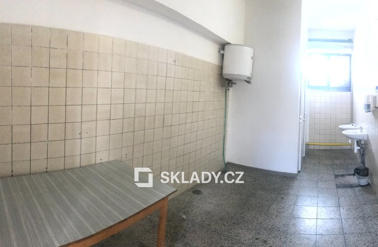 HOŘICE SKLADOVÉ PROSTORY 220 M2 (2)