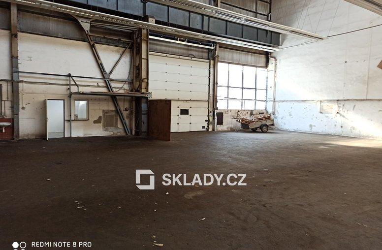Skladové prostory 679 m2 - Hostivař (2)