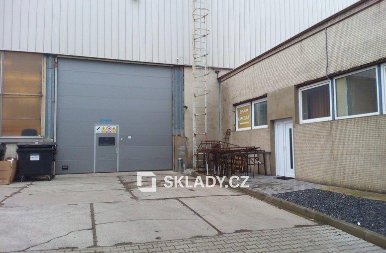 Skladové prostory 679 m2 - Hostivař (1)