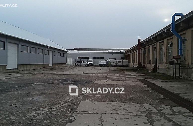 sklad 860 m2 - Horní Počernice...