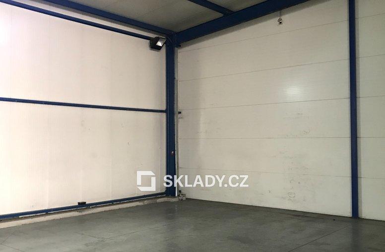 Skladové prostory 1350 m2 - Horní Počernice (6)