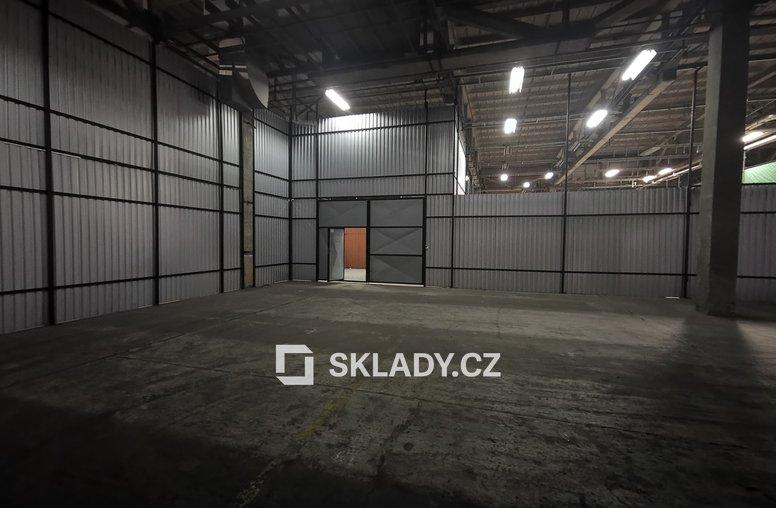Sklad 320 m2 (2)