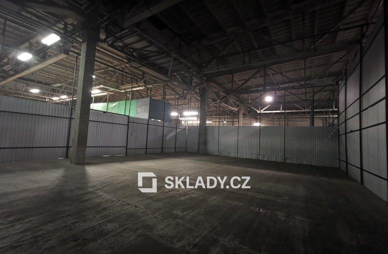 Sklad 320 m2 (3)
