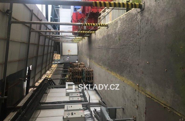 výrobně-skladové mrazírenské prostory (8)