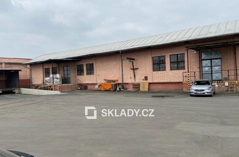 Sklad 2 000 m2 - Vojkovice.