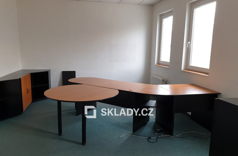 kancelář 48 m2