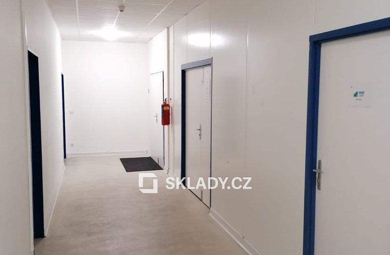 Kancelář 23 m2 (3)