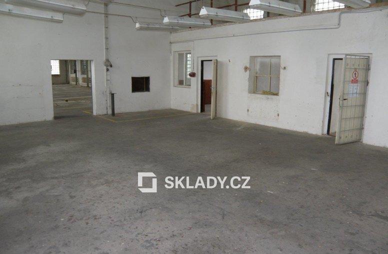 sklad 456 m2  -Žalany6