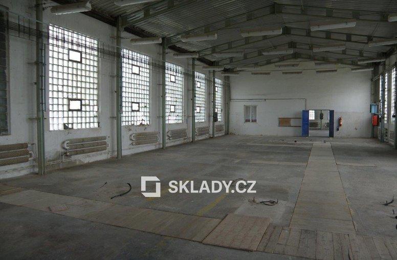 sklad 456 m2  -Žalany4