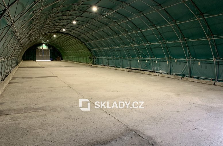 sklad 720 m2 -Žalany1