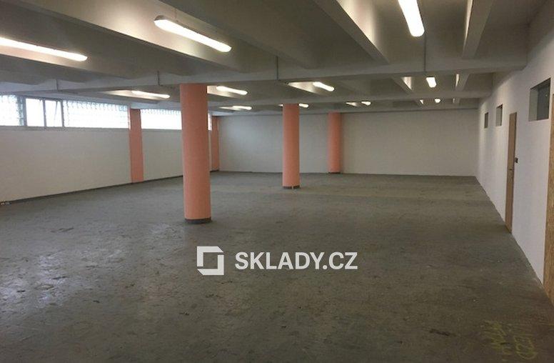 sklad 250 m2 - Jihlava.