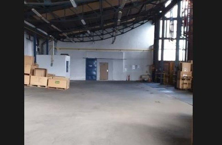 sklad 2 000 m2 - Zvolen