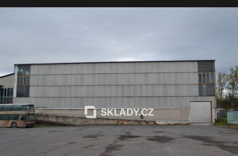 hala 2 000 m2 - Zvolen
