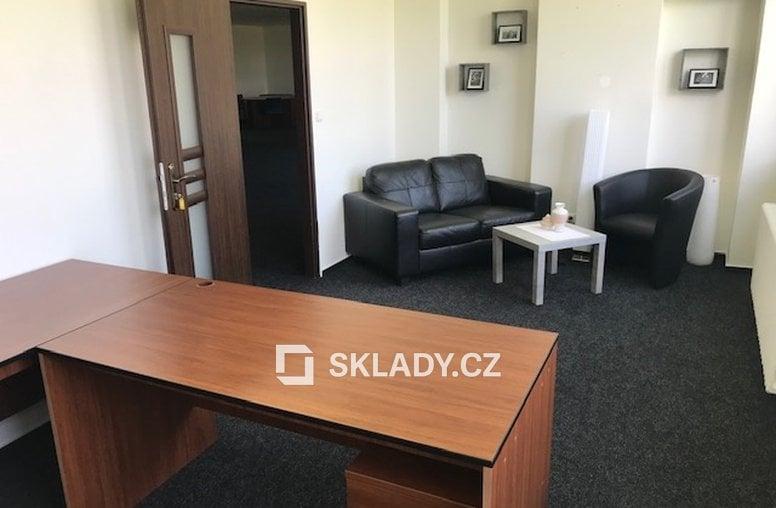 Kanceláře (1)