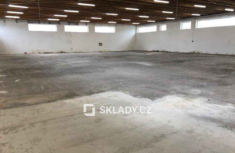 Kostelec- 2 500 m2 (6)