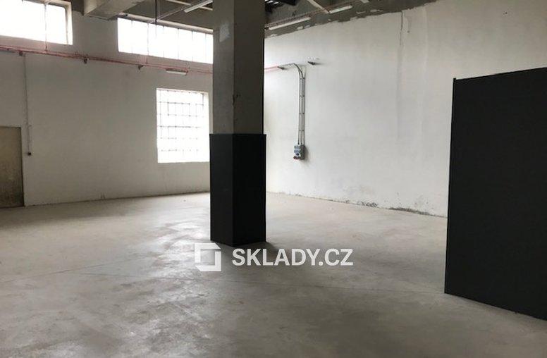 Kostelec- 2 500 m2 (2)