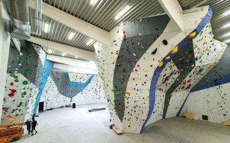 Džungle pro malé i velké: 6 000 m2 v P3 Prague Letňany vyhrazeno pro lezení, parkour nebo gymnastiku