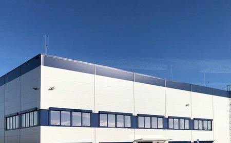 Nová hala Lindabu u Pavlova nabídne přes 50 pracovních míst. Objekt od Panattoni má vysoký ekologický standard