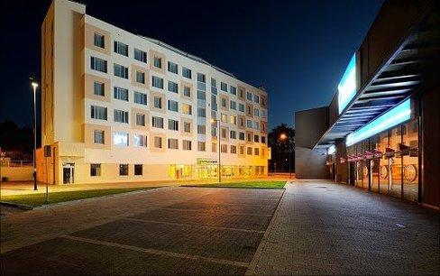 Holiday Inn PL