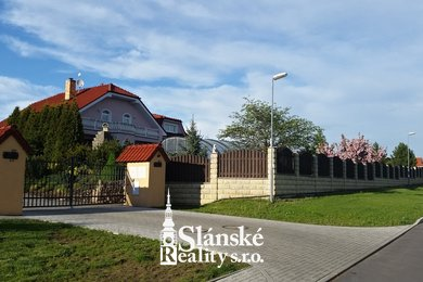 Prodej rodinného domu 270m2, Ev.č.: 00028