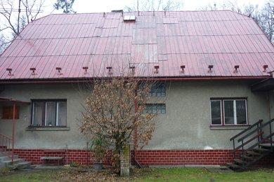 Prodej 1/2 rodinného domu s pozemkem 1 600 m2, Karviná-Fryštát, ul. K. Sliwky, Ev.č.: 11982