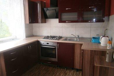 Dl. pronájem bytu 2+1 s balkonem v Karviné, Ev.č.: 12065