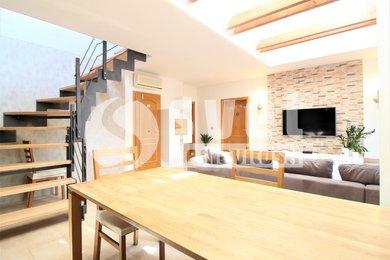 Pronájem bytu 6+KK o celkové výměře 220 m2 s terasou 25 m2, Ev.č.: BM21011