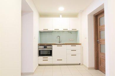 Pronájem bytu 2+1 o celkové výměře 41 m2, Ev.č.: BM20021