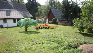 Prodáme pozemek s chalupou v srdci horského střediska Čenkovice , které je součástí SKIRESORTU Buková hora, výměra celkem 1034 m2,