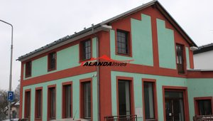 Prodáme dům blízko centra Letohradu, přízemí nabízí obchodní prostory a zázemí, možnost dostavby půdního bytu - Letohrad