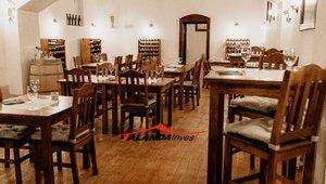 Exkluzivně: pronájem nově zrekonstruované vinárny 170 m2