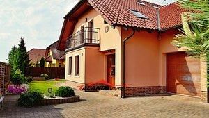 Prodej rodinného domu 956m² - Býšť - Hoděšovice