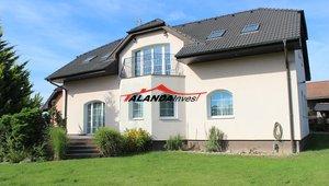 Prodej rodinného domu 5+1, pozemek 975m2