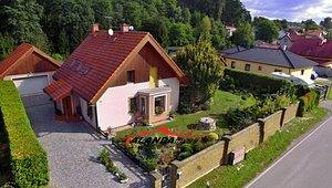 Prodej krásného RD s nádhernou zahradou (1926 m²) - Kostelec nad Orlicí - Tutleky