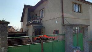 Investiční příležitost: rodinný dům k rekonstrukci. Stochov (Lány), 20 min. Praha, 10 min. Kladno