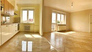 Pronájem byty 2+kk s balkónem,  63 m², 17. listopadu, Pardubice