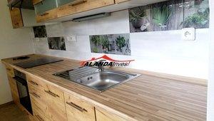 Prodáme pěkný prostorný byt po celkové rekonstrukci o velikosti 3+1,  81 m² - sídliště Na Štěpnici ,Ústí nad Orlicí