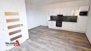 Prodej rekonstruovaného byty 2+kk, 47 m2, Hradec Králové