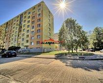 Prodej, Byty 2+1, 58m² + sklep + lodžie - Pardubice - Studánka