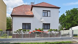 Prodej RD domu (985 m²) - Hradec Králové - Malšovice