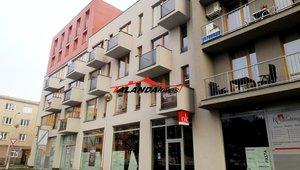 Pronajmeme prostorný   byt o velikosti 2+kk, výměře 56,9 m² - Hradec Králové - Obytný komplex Kollárova, dvě garážová stání v podzemí, lodžie.