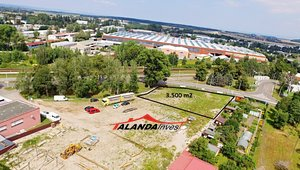 Podnájem skladovacích ploch 3.500m² - Hradec Králové