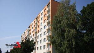 Prodáme družstevní byt o velikosti 2+1 a výměře 58,5 m², krytá lodžie, sklep , žádané sídliště Štěpnice - Ústí nad Orlicí