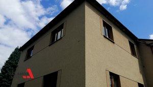 Prodáme ideální polovinu rodinného domu, cca 93m² + terasa + půdní prostor, k domu náleží garáž v osobním vlastnictví v těsné blízkosti (v ceně) Ústí nad Orlicí
