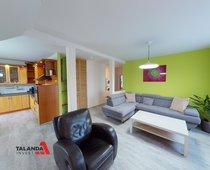 Prodej podkrovního bytu  3+1, 104m² - Hradec Králové - Pouchov