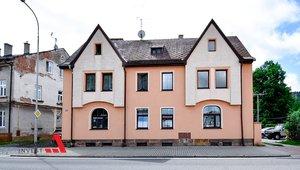 Prodáme pěkný byt ve zděném domě dispozice 4+1,  celková výměra 111,51 m² - Trutnov - Poříčí