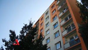 Pronajmeme velmi hezký byt po rekonstrukci se zděnou koupelnou a toaletou, balkonem a sklepem na žádaném sídlišti Štěpnice v Ústí nad Orlicí, dispozice bytu 3+1, 68m² - Ústí nad Orlicí