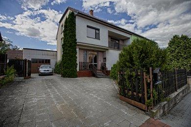 Prodej, Rodinné domy, 190m² - Znojmo - Přímětice, Ev.č.: 00345