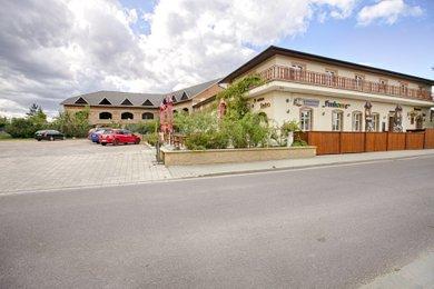 Prodej, Ubytování, 594m² - Vrbovec, Ev.č.: 00396
